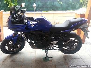 Foto - Yamaha fz6 fazer blu, km 2500