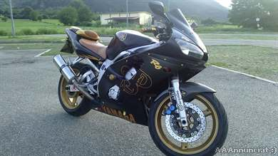 Foto - Bellissima Yamaha R6 del 2001