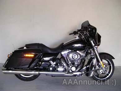 Foto - Harley - Davidson Street Glide