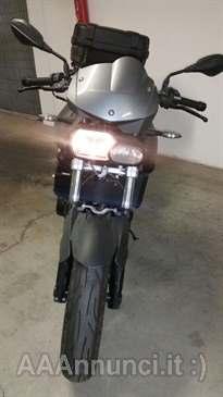 Foto - VENDO MOTO F800 R
